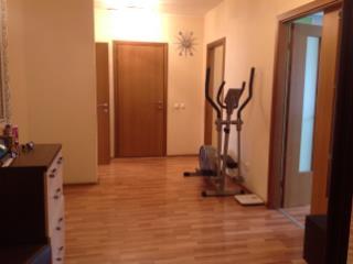 Продажа квартир: 2-комнатная квартира, Екатеринбург, ул. Юлиуса Фучика, 5, фото 1