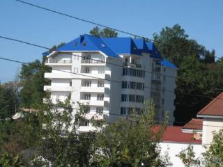 Продажа квартир: 2-комнатная квартира, Краснодарский край, Сочи, Клубничная ул., 8, фото 1