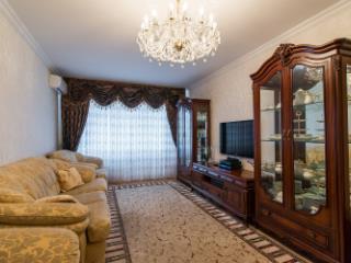 Продажа квартир: 3-комнатная квартира, Краснодар, Березанская ул., фото 1