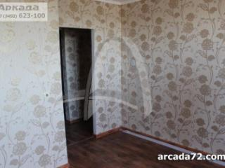 Продажа квартир: 2-комнатная квартира, Тюменская область, Тюмень, ул. Бабарынка, 71, фото 1