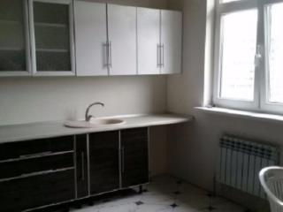 Продажа квартир: 2-комнатная квартира, Краснодарский край, Сочи, ул. Яна Фабрициуса, 77, фото 1