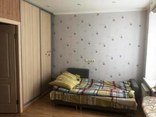 Продажа квартир: 1-комнатная квартира, Краснодар, Октябрьская ул., фото 1