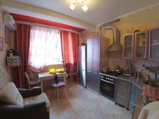 Продажа квартир: 2-комнатная квартира, Краснодарский край, Горячий Ключ, ул. Ленина, 195 б, фото 1