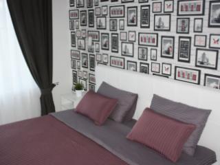 Продажа квартир: 2-комнатная квартира, Краснодарский край, Туапсинский р-н, с. Ольгинка, Звездный кв-л, 1, фото 1