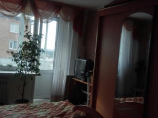 Продажа квартир: 3-комнатная квартира, Кемерово, Белозерная ул., 33, фото 1