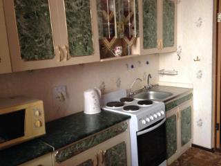 Продажа квартир: 4-комнатная квартира, Краснодар, Ставропольская ул., фото 1