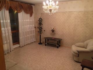 Продажа квартир: 3-комнатная квартира, Кемерово, Молодежный пр-кт, 9, фото 1