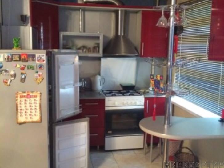 Купить 2 комнатную квартиру по адресу: Биробиджан г ул Комсомольская 21