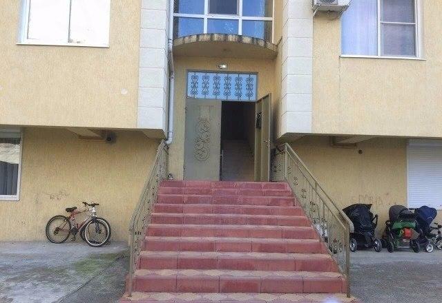 Продажа квартир: 2-комнатная квартира, Краснодарский край, Сочи, Виноградная ул., фото 1