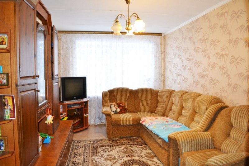 Продажа квартир: 3-комнатная квартира, Московская область, Волоколамский р-н, п. Чисмена, Лазурная ул., 6, фото 1