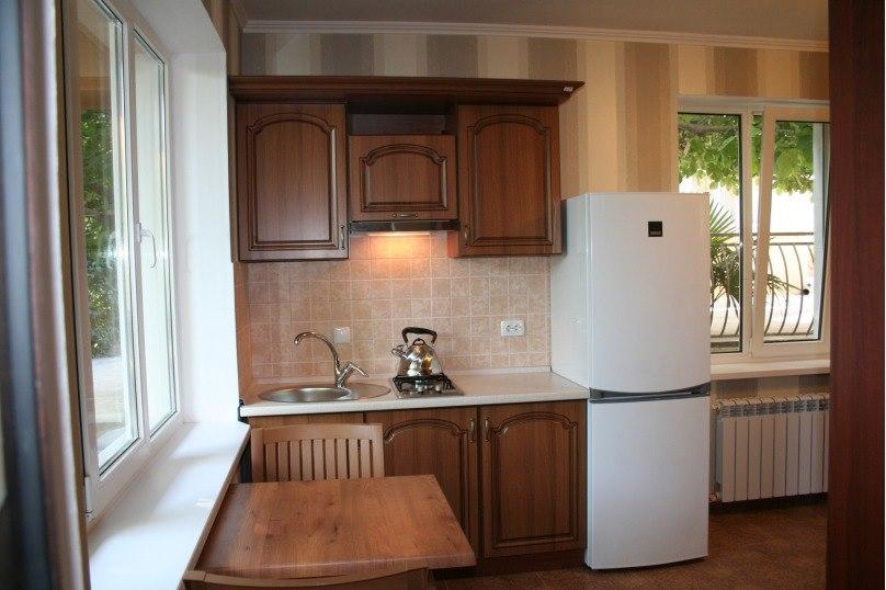 Продажа квартир: 1-комнатная квартира, Краснодарский край, Сочи, ул. Южных Культур, фото 1