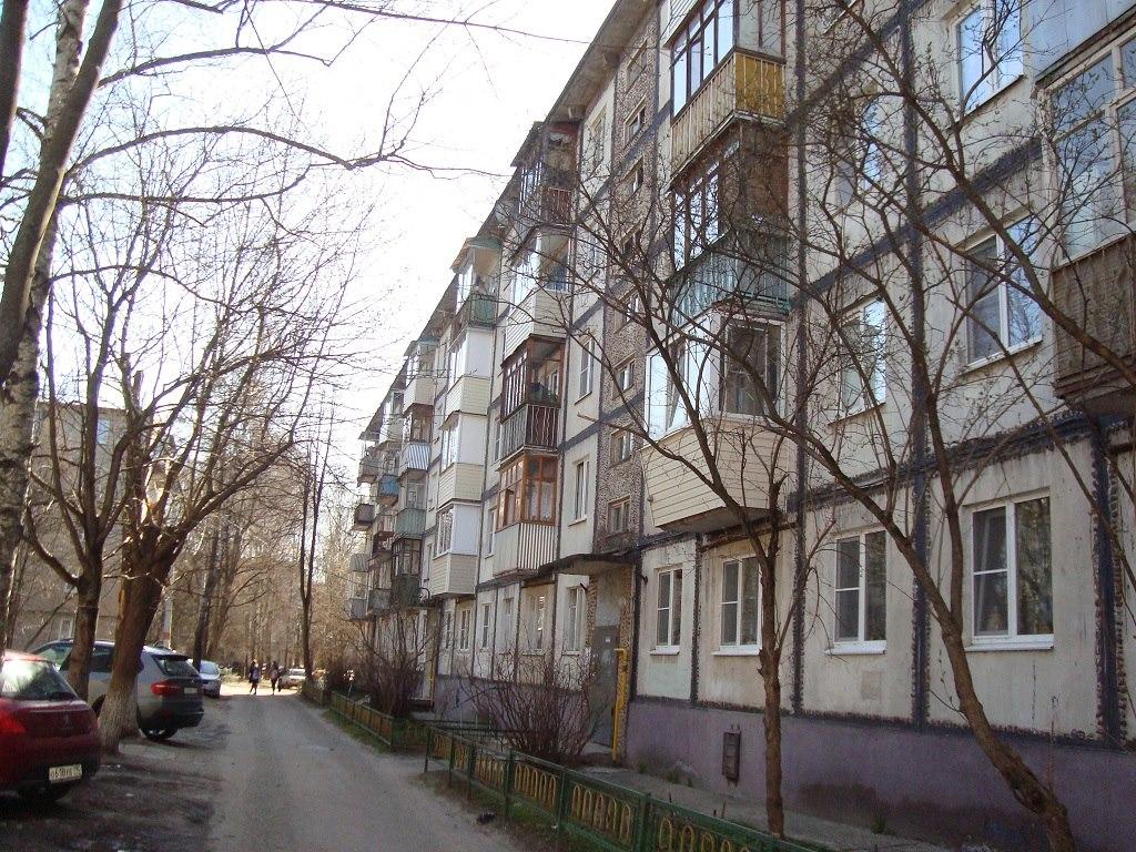 Продается двухкомнатная квартира за 2 900 000 рублей. Московская обл, г Чехов, ул Московская, д 92.