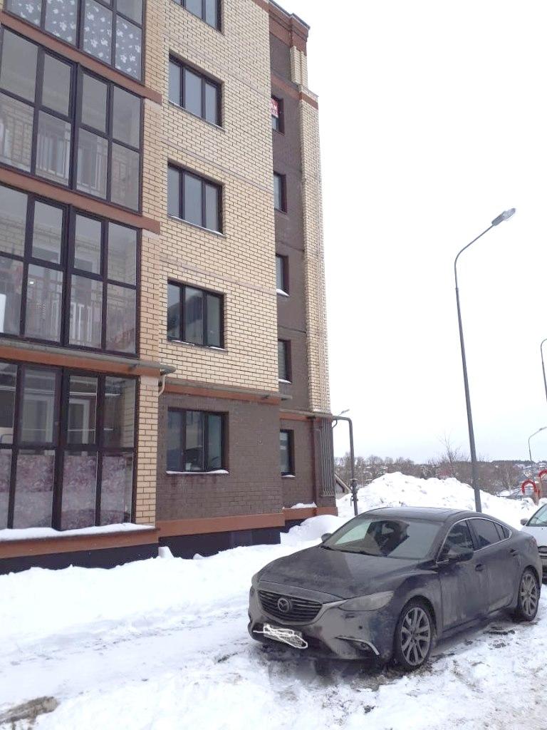 Продается трехкомнатная квартира за 4 950 000 рублей. г Казань, ул Интернациональная.